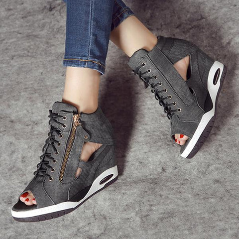 Kakimoda Trendy Cross Strap Zipper Hollow Peep Toe High Heel Sneakers