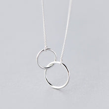 Load image into Gallery viewer, Interlocking Circles Necklace, Mother Daughter Pendant - MiShelli