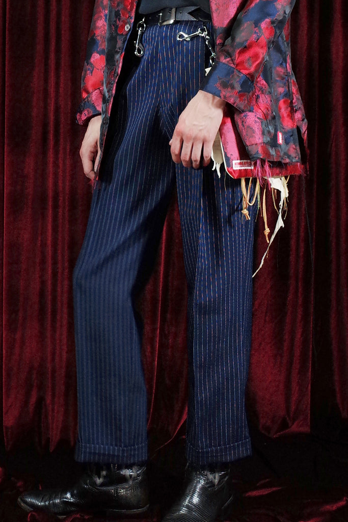 Mod. 25 - Pleated Trousers