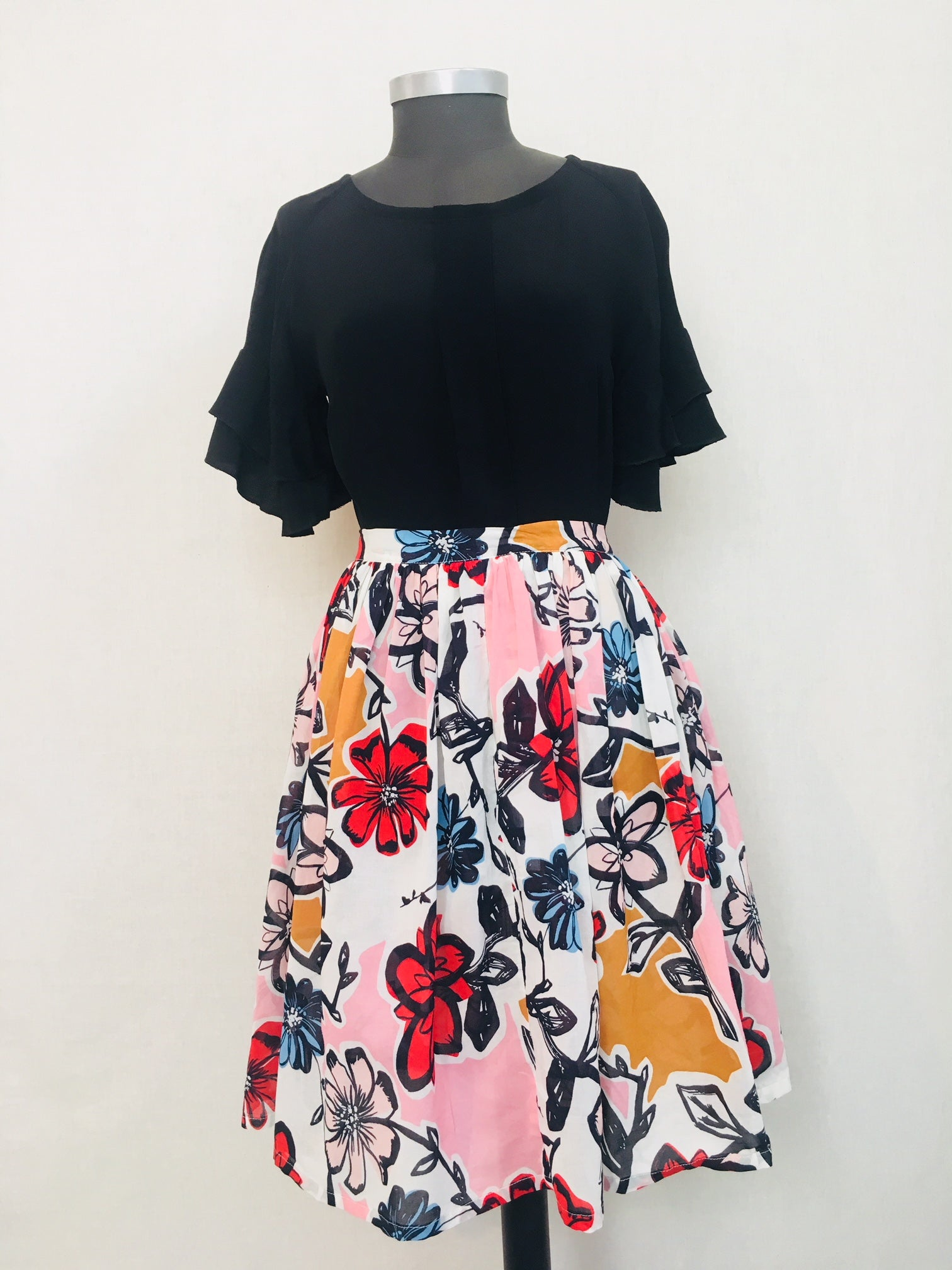 Ruffle Skirt in Flower Power