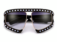 Load image into Gallery viewer, Leila oversized sunglasses
