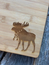 Load image into Gallery viewer, Custom Cutting Board - Argyle Moose