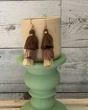Load image into Gallery viewer, Metal & Fringe Earrings