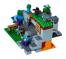 Load image into Gallery viewer, LEGO® Minecraft™ The Zombie Cave-21141