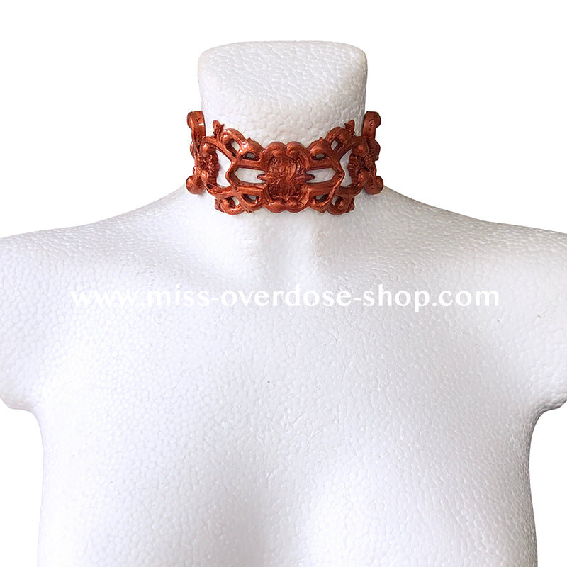Eleganza latex collar
