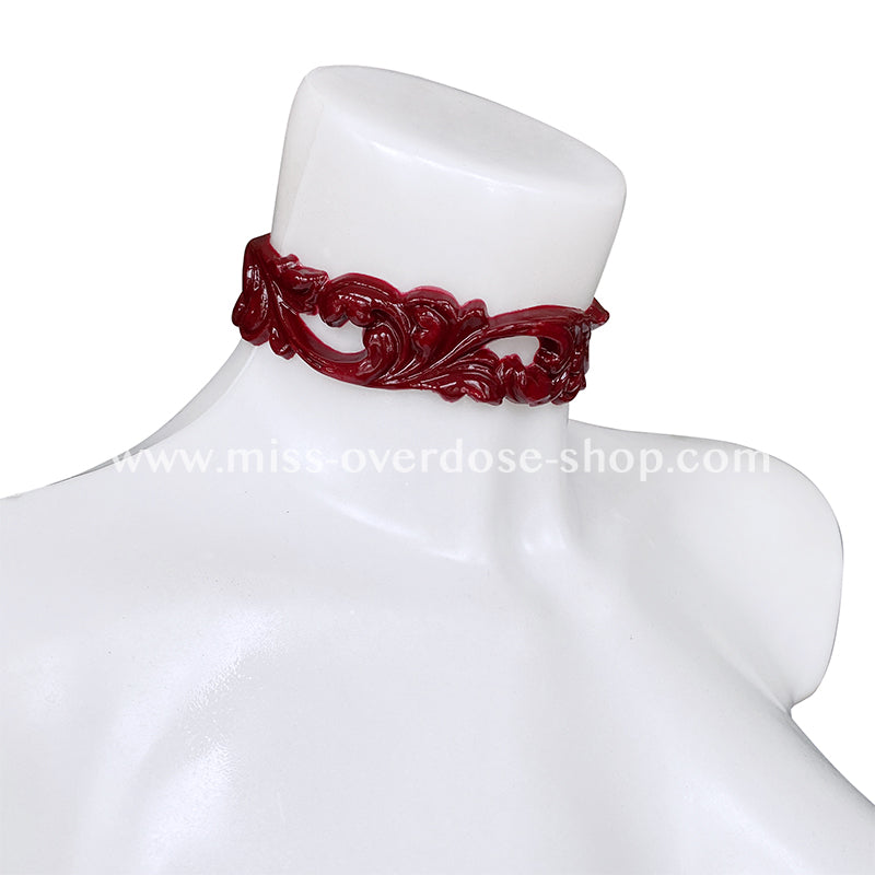 Royal latex collar