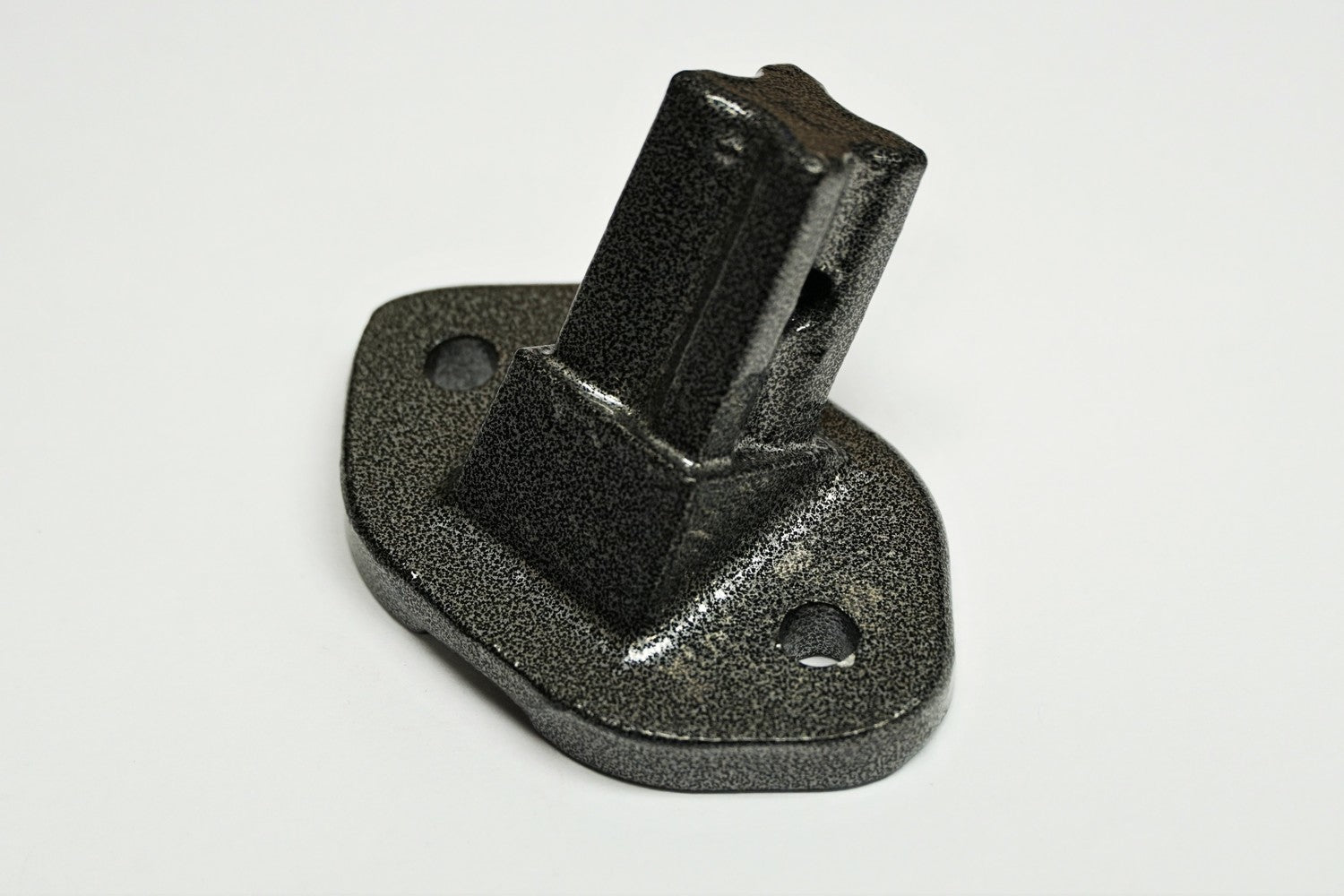 Panther Bolt-on Trailer Bracket - shop.cmpgroup.net