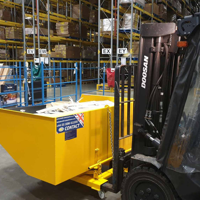 5 Ways Forklift Tipping Skips Can Benefit Your Business