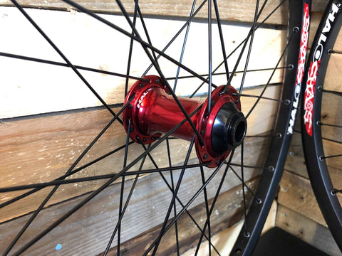 Halo Chaos Rim with Red Hubs