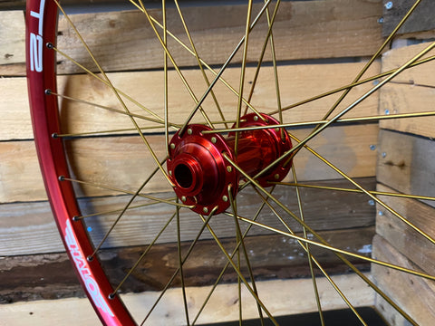 Halo T2 Rim / Wide Boy Hub in Red with Gold Spokes