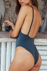 Topaz One Piece - Onyx