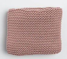 Load image into Gallery viewer, Chunky Knit Baby Blanket - Little Red Barn Door