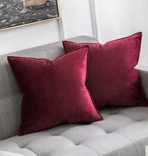 Load image into Gallery viewer, Luxury High Quality White Black Classic Soft Velvet Cushion Cover