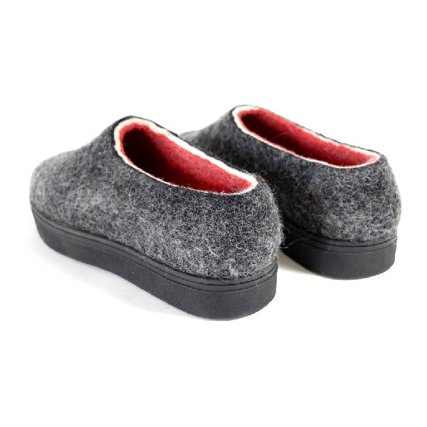 Handmade Wool Felt Chunky Loafers Black Red