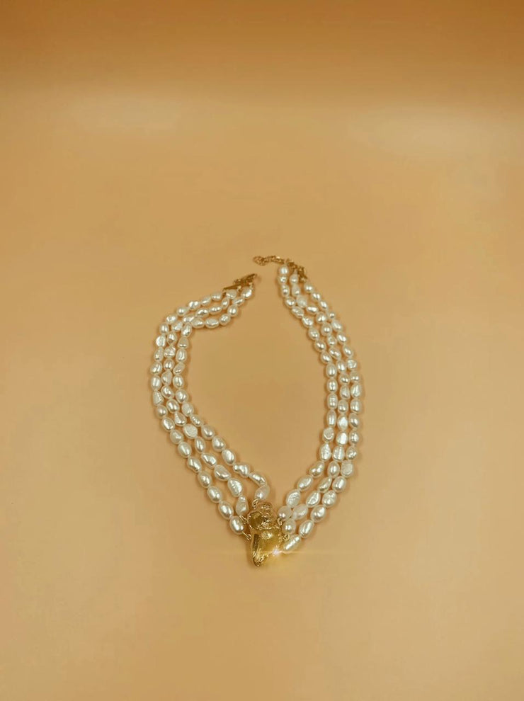 Rococo Luxe Lune Shell and Baroque Pearl Choker