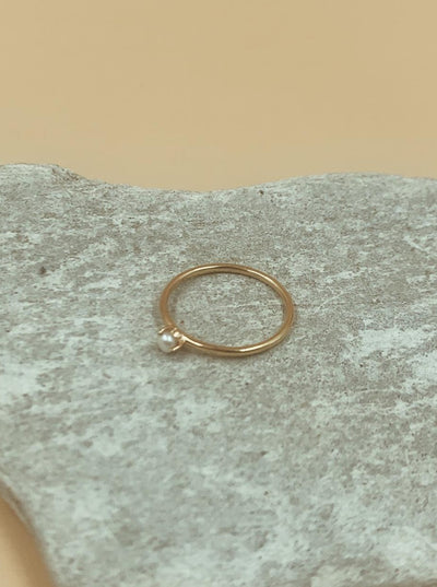 Moondrop Seed Pearl Ring