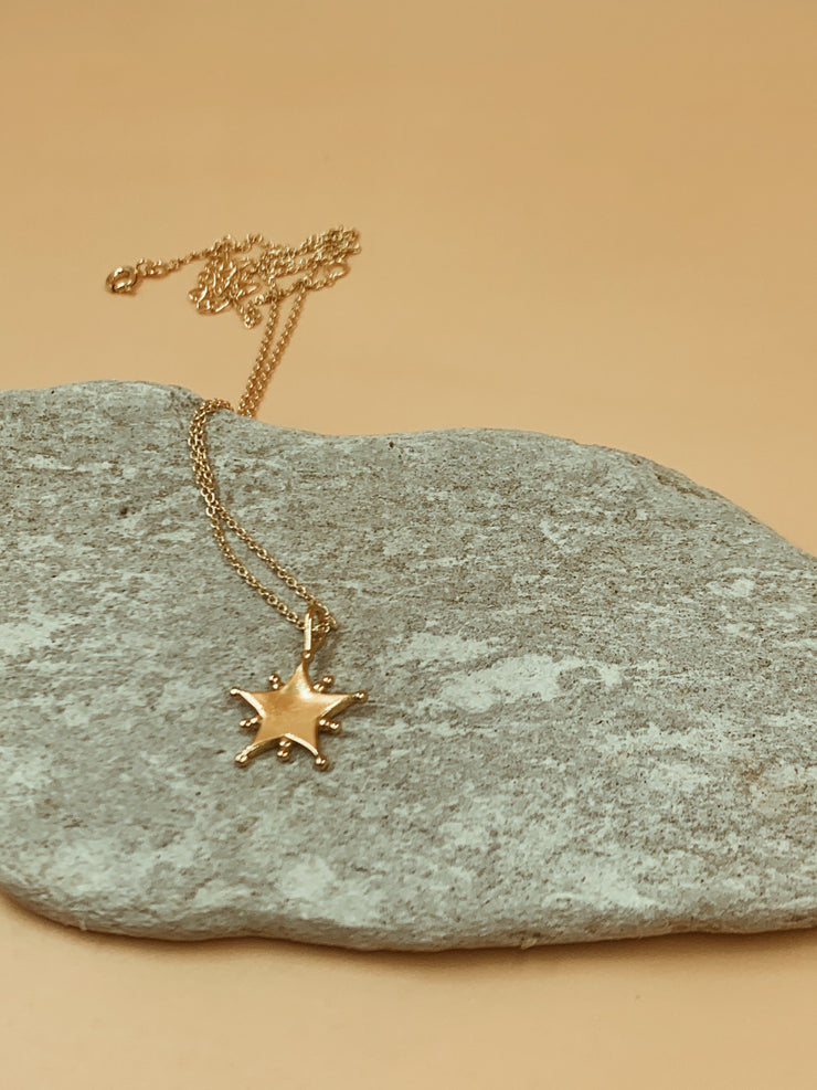 Homecoming Starlight Dotted Star Pendant Necklace | 18kt Sold Gold
