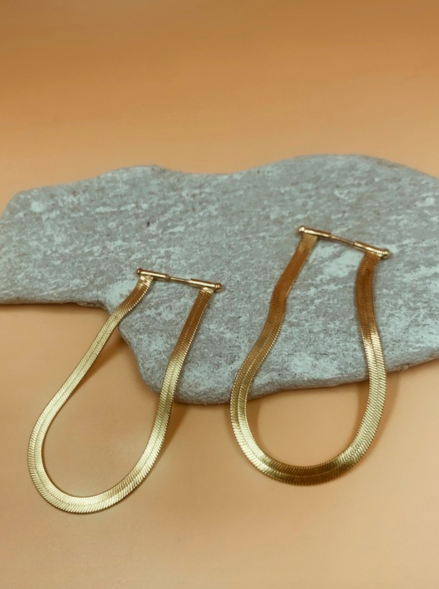 Viper Short Flat Chain Earrings