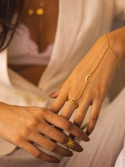 Phases Hand Harness | 18kt Solid Gold