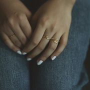 Mie Family Dotted Ring | 18kt Solid Gold