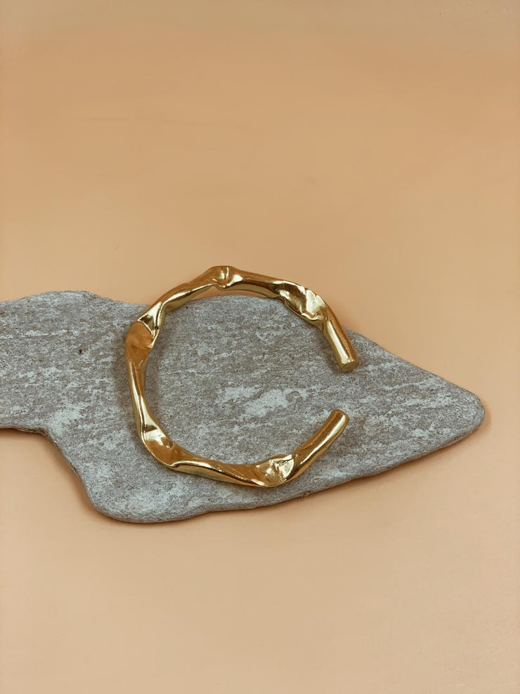 Crater Chunky Bangle