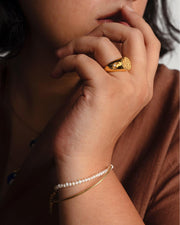 Rosalia Pearl Celestial Signet Ring | 18kt Solid Gold