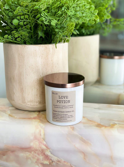 maxwell-james-farmhouse-candle-co-love-potion