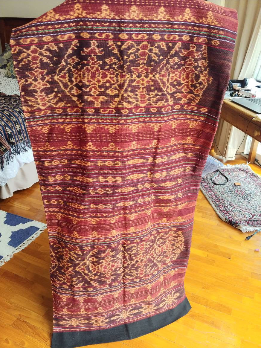 Beautiful Morinda Ikat Sarong from Nggele, Flores