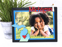 Load image into Gallery viewer, Michigan w/ Moveable Heart Magnet S/2 Blue Ombre
