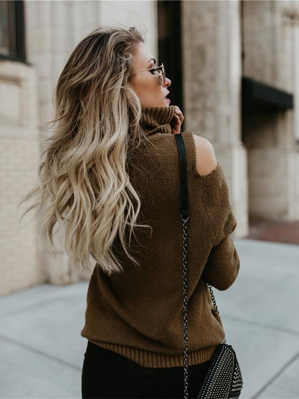 High collar open shoulder twist-knitted sweater