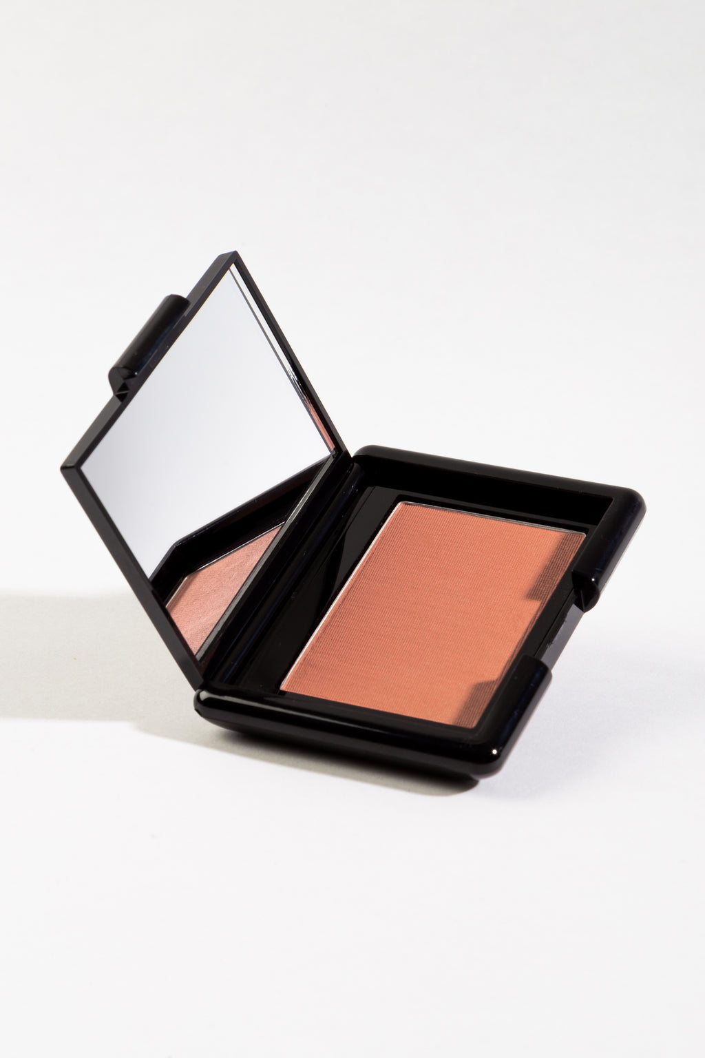 Blush Compact in Cuddle