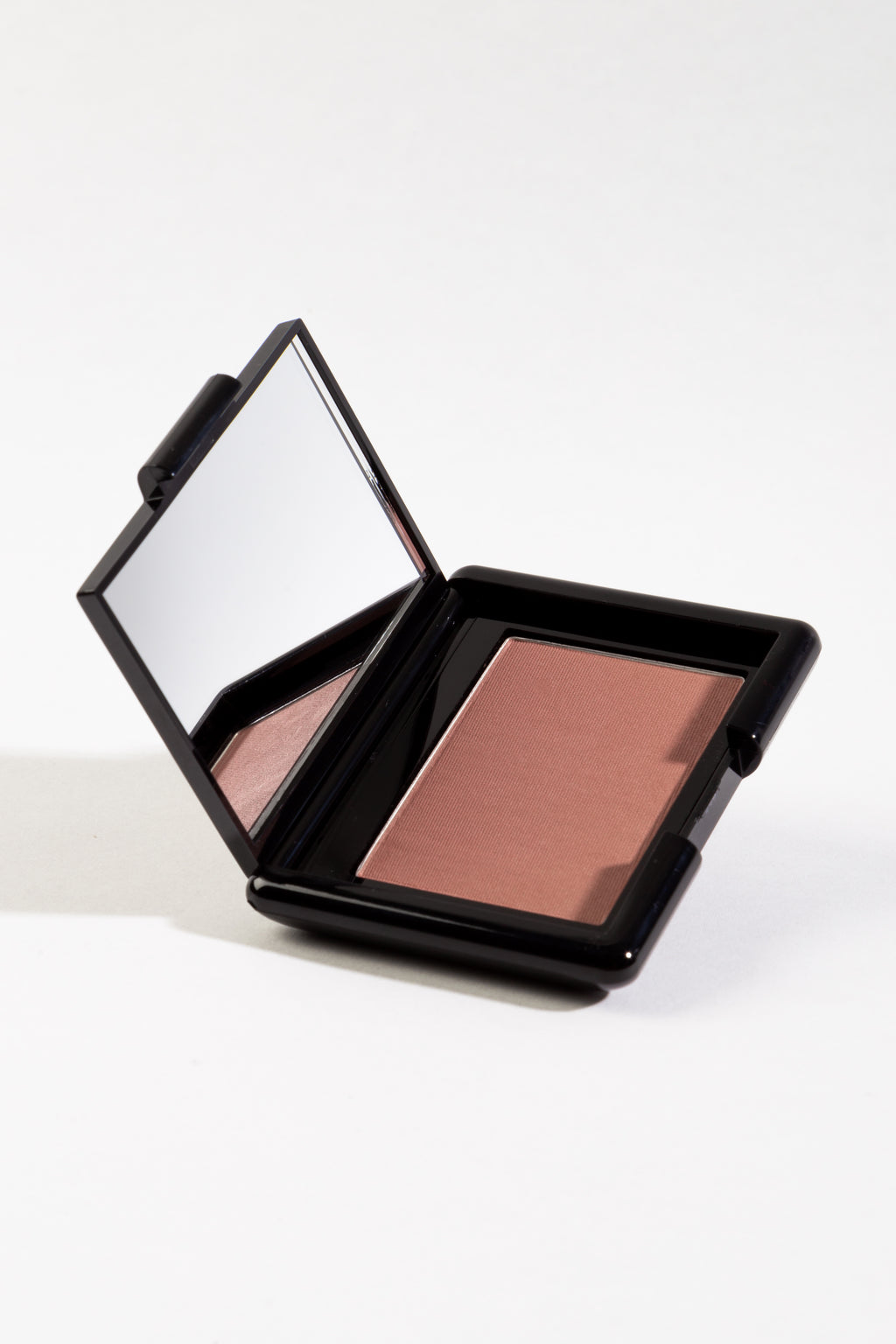 Blush Compact in Polly