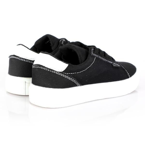 BOYS BLACK LACE UP SNEAKERS