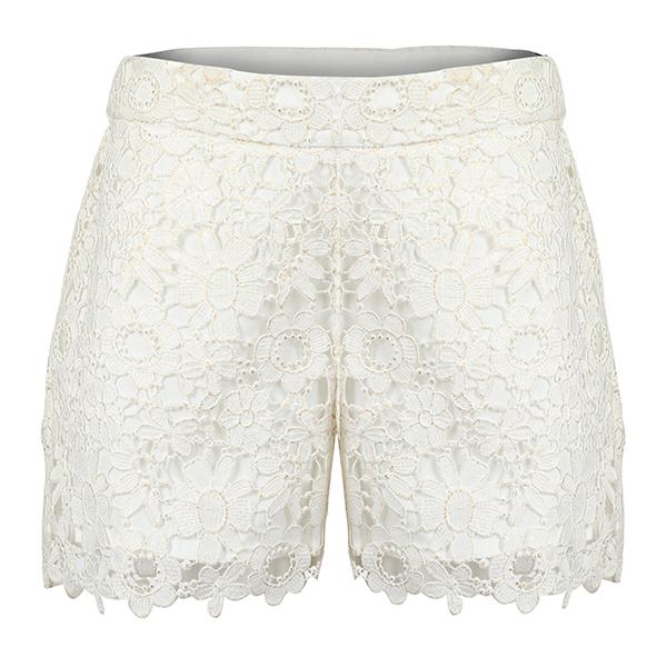 Golden Lace Bum Short_Ruffntumble