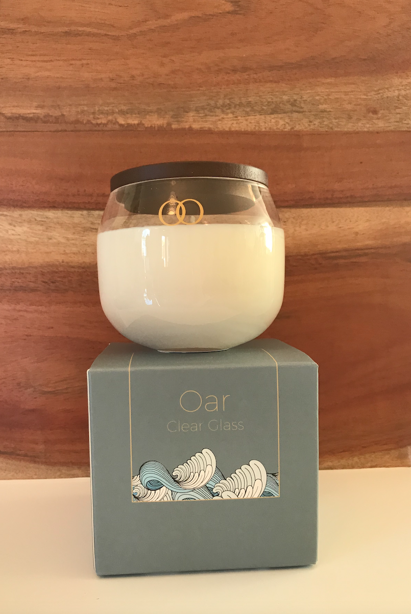 Oar Soy candle with teak top