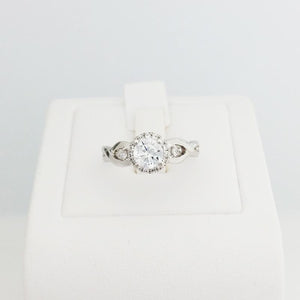 9ct/18ct White Gold Engagement Ring Design 3