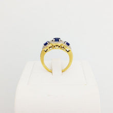 Load image into Gallery viewer, 9ct/18ct Gold Engagement Ring Design 4