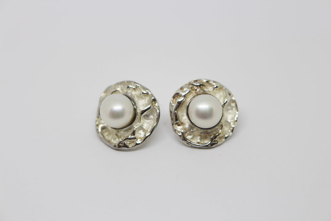 SS Pearl Stud Earrings