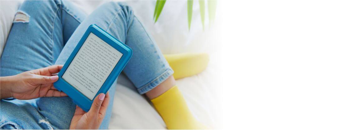 Open the cover to wake your eReader up instantly