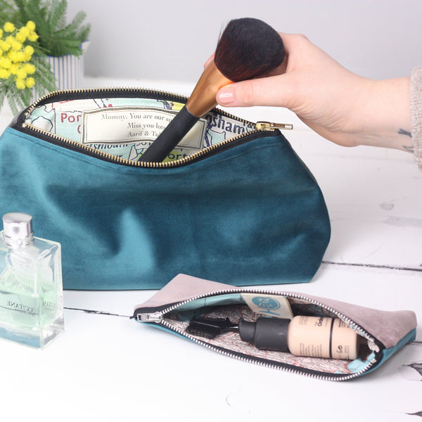 Medium velvet make up bag with map lining