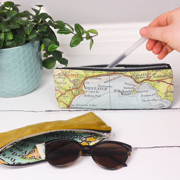 Mini velvet pouch/pencil case with map lining