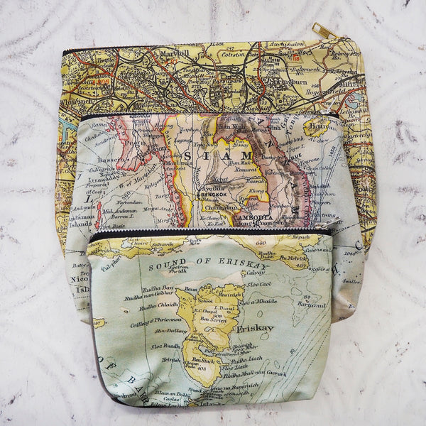 Large velvet pouch with map lining