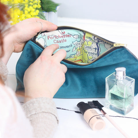 Large velvet wash bag with map lining