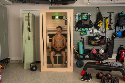 man detoxing in a JNH Lifestyles ProSeries 200 Full Spectrum Infrared Sauna