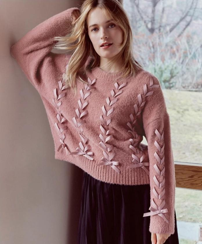 Lace-up Knitted Sweater