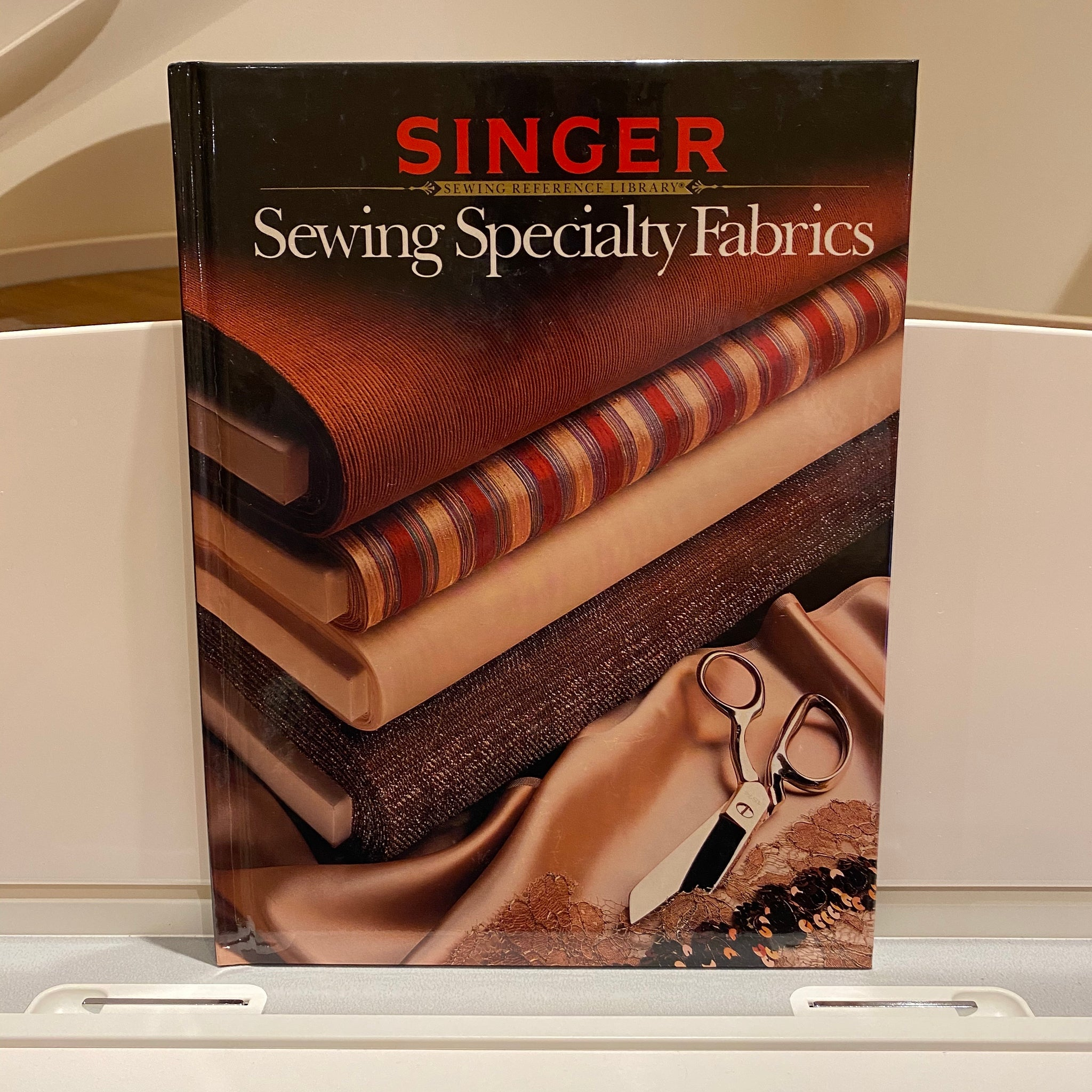 Singer Sewing Reference Library - Sewing Speciality Fabrics (hardback book)