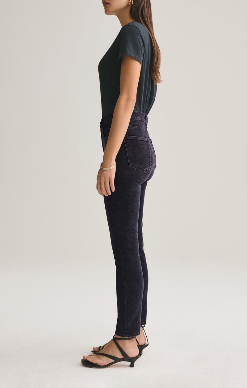 Nico High Rise Slim Fit in Virtue