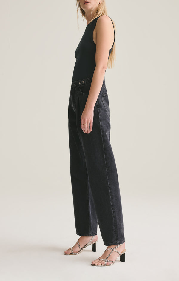Baggy Mid Rise Pleated Oversized Jean in Cave