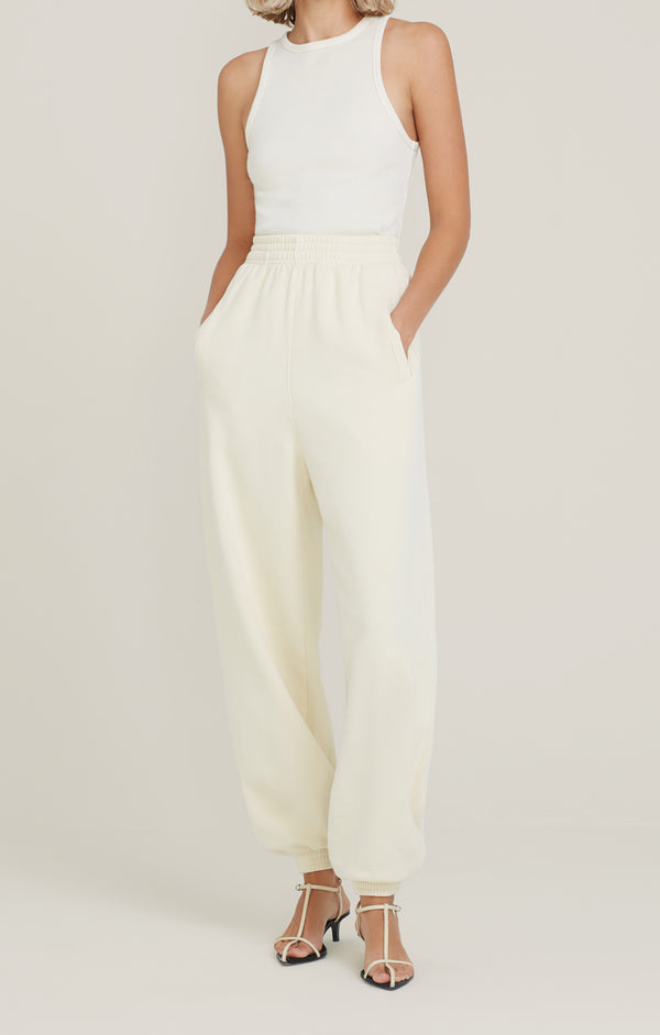 Balloon Curved Leg Sweatpant Penne front