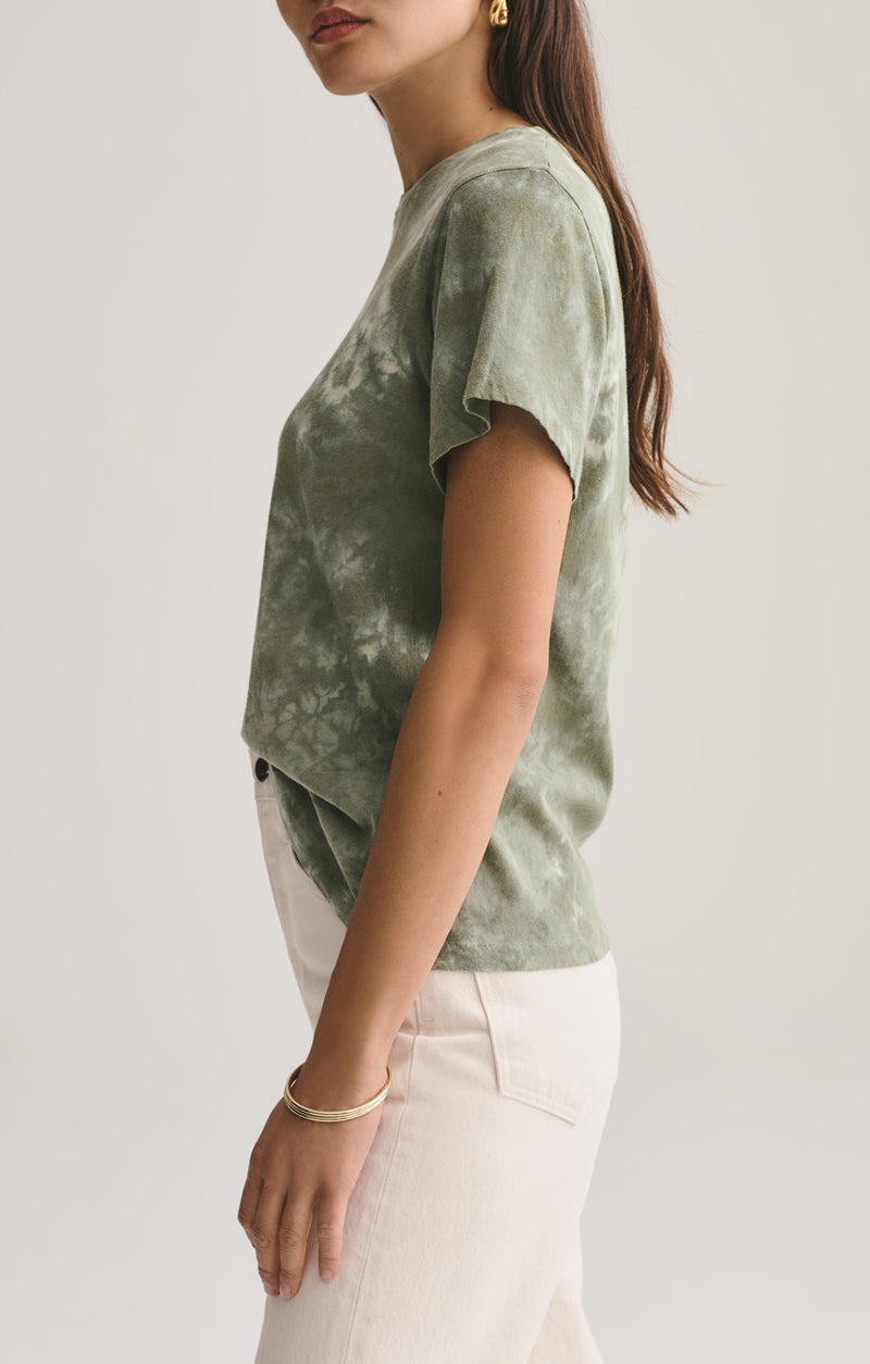 Mariam Classic Fit Tee in Chameleon